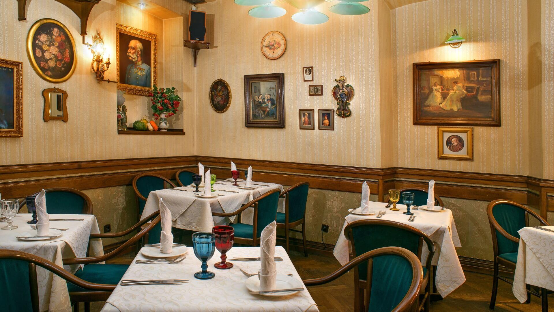 ресторан у центрі Львова